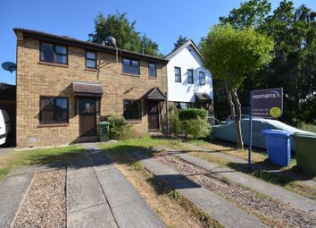 2 bed terraced house to rent in Pewsey Vale, Forest Park RG12