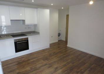 Thumbnail 1 bed flat to rent in Lyons Way, Slough