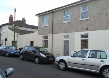 2 bed property to rent in Langley Road, Portsmouth PO2
