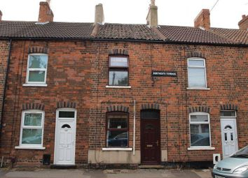 Thumbnail 3 bed terraced house to rent in Barnby Gate, Newark