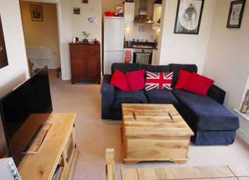 Thumbnail 1 bed flat to rent in Cherrywood Lodge, Birchwood Avenue