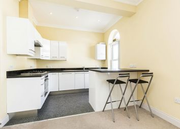 2 bed flat to rent in 10 Cavendish Road, Southsea, Hampshire PO5