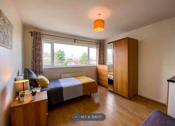 Thumbnail Room to rent in Handforth Lane, Halton Lodge, Runcorn