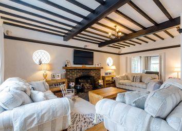 Kingsmead Avenue, Worcester Park KT4. 4 bed detached house for sale