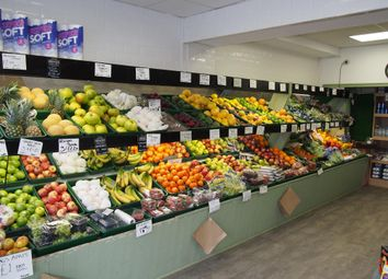 Thumbnail Retail premises for sale in Fruiterers & Greengrocery HU18, East Yorkshire