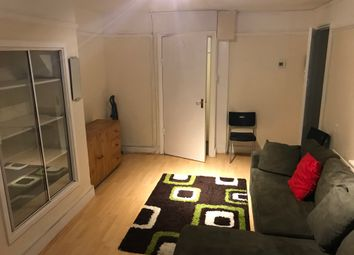 Thumbnail 1 bed flat to rent in Mayflower Road, Clapham