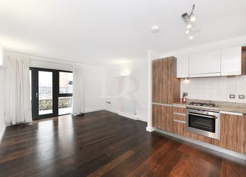 Thumbnail 1 bed flat to rent in Morton Road, London