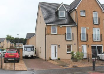Thumbnail 3 bed town house for sale in Cavalry Park, Kilsyth