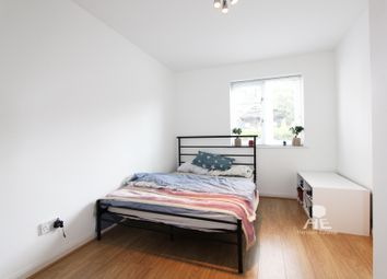 Thumbnail 1 bed flat to rent in Alwyn Gardens, London