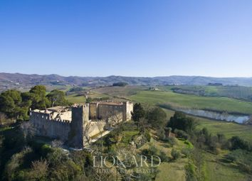 Thumbnail 16 bed château for sale in Perugia, Perugia, Umbria