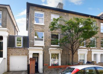 Thumbnail 1 bed flat to rent in Wellesley Road, Chiswick, London