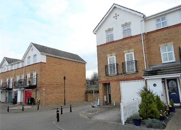Thumbnail 4 bedroom town house to rent in Sara Crescent, Greenhithe