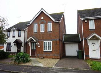 Thumbnail 3 bed detached house to rent in Hastings Close, Grays