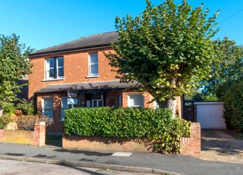 Thumbnail 4 bed detached house to rent in Cambridge Road, Walton-On-Thames