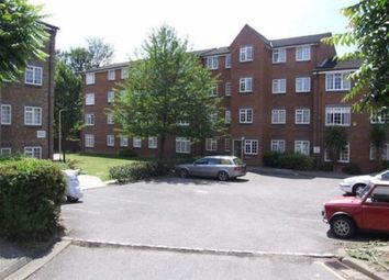 Thumbnail 2 bed flat to rent in Cromwell Close, London