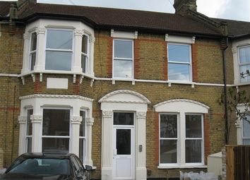 Thumbnail 3 bedroom flat to rent in Melbourne Road, Ilford