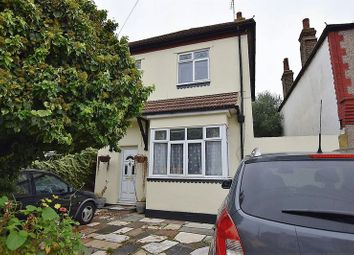 Thumbnail 3 bedroom detached house to rent in Hamstel Road, Southend-On-Sea