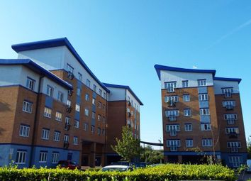 Thumbnail 1 bed flat to rent in Luscinia View, Napier Road, Reading