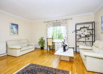 Thumbnail 2 bed flat to rent in Adamson Road, Hampstead