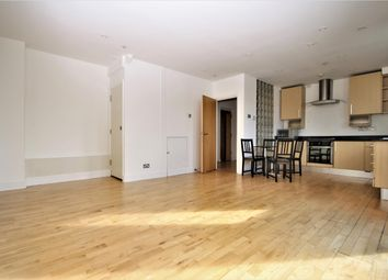 Thumbnail 2 bed flat to rent in Woodlands Crescent, London