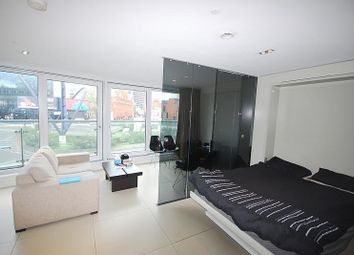 Thumbnail Studio to rent in The Bezier Apartments, 91 City Road, London