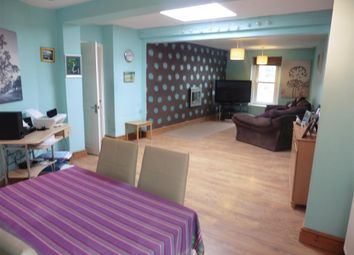 Thumbnail 3 bed flat for sale in Avenue Road, Freshwater, Isle Of Wight