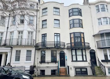 Flat 6, 20 Grand Parade, Brighton BN2. 1 bed flat for sale
