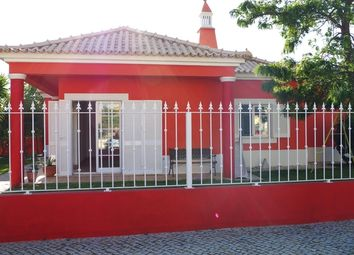 Thumbnail 2 bed villa for sale in Portugal, Algarve, Olhão