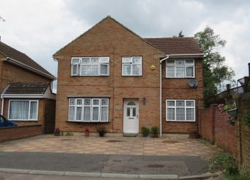 Thumbnail 5 bed detached house for sale in Grange Close, Hemel Hempstead