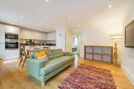 Thumbnail 2 bed flat to rent in Ridgemount Gardens, London