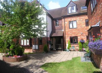 Thumbnail 1 bed flat to rent in Malthouse Square, Princes Risborough