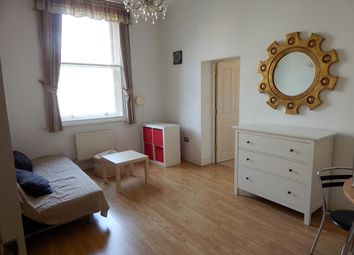 1 bed flat to rent in Canute Road, Ocean Village, Southampton SO14