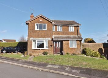 Thumbnail 4 bed property for sale in Holdenhurst Close, Clanfield, Hampshire
