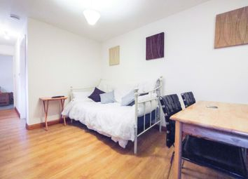 1 bed flat to rent in Guildford Street, Chertsey KT16