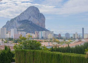 Thumbnail 6 bed chalet for sale in Calpe, Alicante, Spain