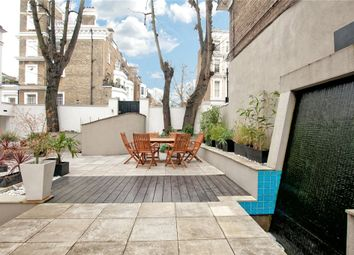 Thumbnail 3 bed flat to rent in Cathcart Road, Chelsea, London