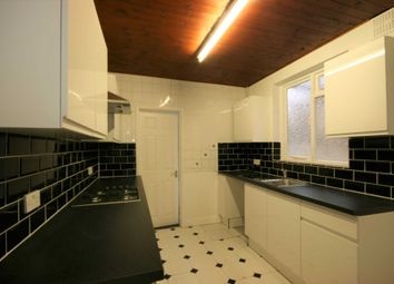 Thumbnail 3 bedroom terraced house to rent in 3 Bed Terraced House, Oxford Road, Reading