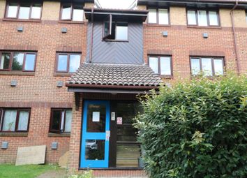 Thumbnail 2 bed flat to rent in The Goodwins, Tunbridge Wells