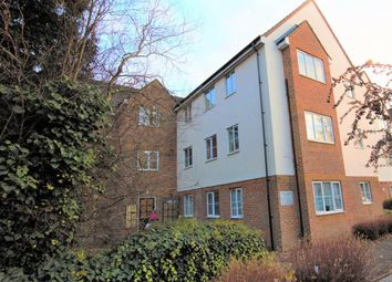Thumbnail 2 bed flat to rent in Gisburne Way, Watford