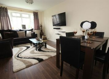 Thumbnail 2 bedroom flat for sale in Shelton Court, London Road, Slough, Berkshire