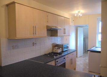 Thumbnail 5 bed flat to rent in Finchley Lane, Hendon, London