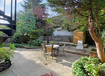 Thumbnail 2 bedroom flat for sale in Eardley Crescent, Earls Court, London