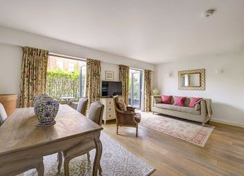 Thumbnail 2 bed flat for sale in Hortensia Road, Chelsea, London
