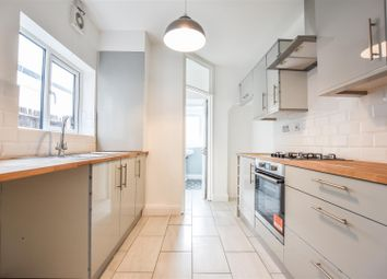 Thumbnail 3 bed property to rent in Wellington Road, Dartford