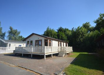 Thumbnail 2 bed mobile/park home for sale in Chichester Lakeside Park, Vinnetrow Road, Runcton, Chichester