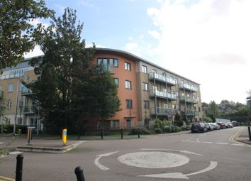 3 bed flat to rent in Botham House, Rollason Way, Brentwood CM14