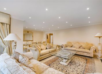 Thumbnail 4 bedroom flat to rent in Hyde Park Crescent, London