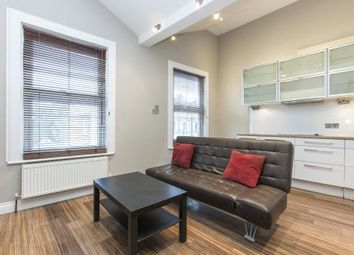 1 bed property to rent in Newington Green Road, Newington Green N1