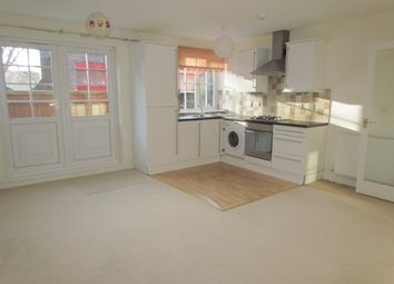 Thumbnail 2 bed flat to rent in Stoke Row Road, Peppard Common, Henley On Thames