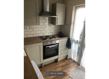 Thumbnail Room to rent in Queen Street, Doncaster